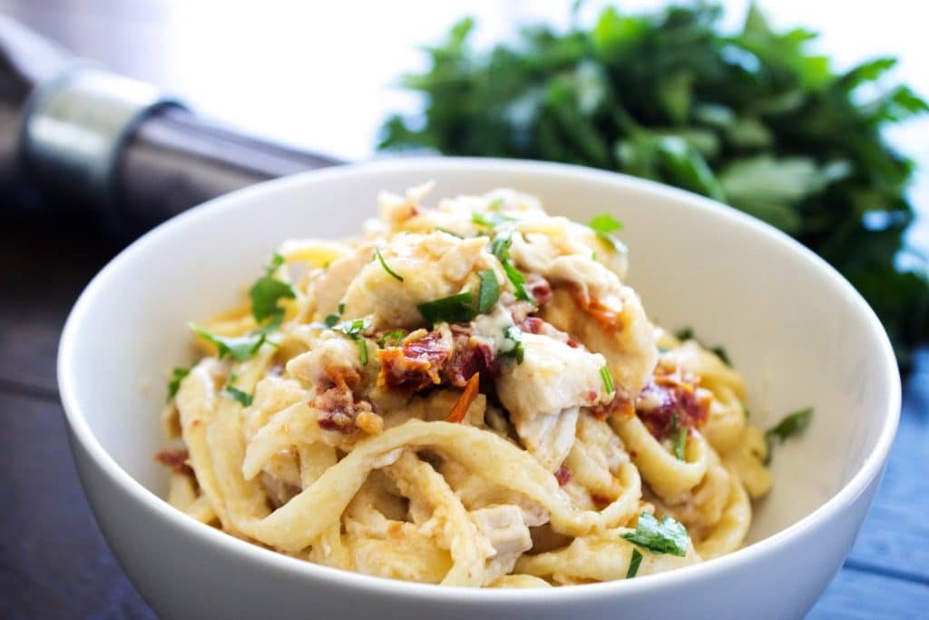 chicken-fettuccine-bake-bowl