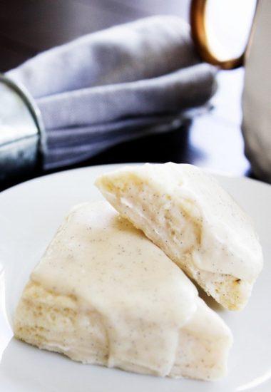 Petite Vanilla Bean Scones – Starbucks Copycat