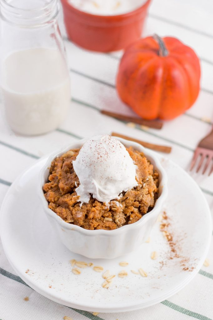 Pumpkin Crisp Pie in small bowl