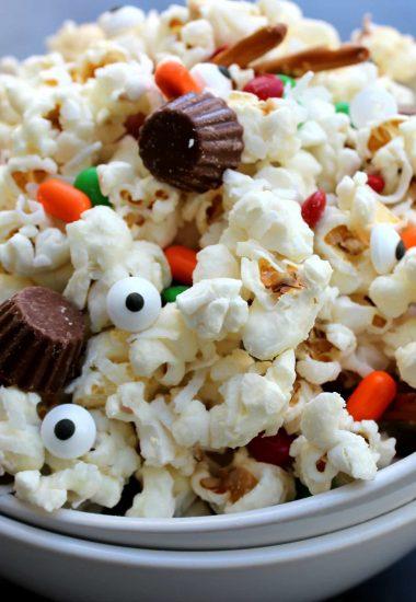 Deconstructed Snowman Popcorn