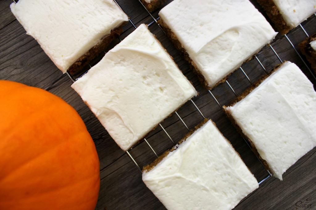 pumpkin chocolate chip cookie bars view
