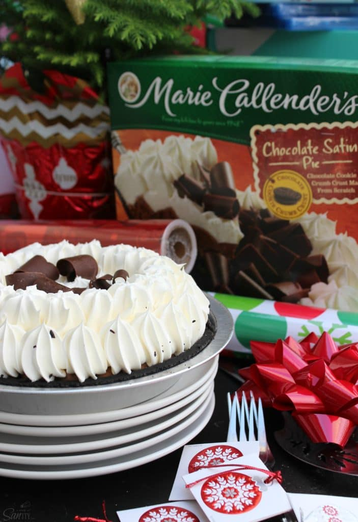 This Slow Cooker Lasagna paired with a Marie Callender's Chocolate Satin Pie is so easy to prepare and makes a perfectly delicious holiday meal.
