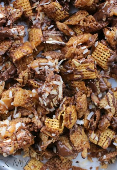 Sweet & Salty Caramel Snack Mix