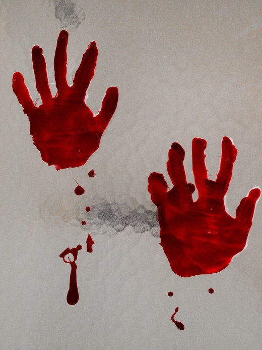 bloody-hand-print-clings