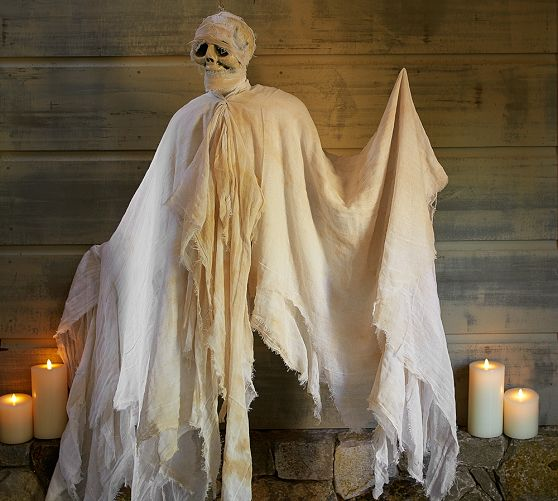 Diy Scary Halloween Props.Best 50 Diy Halloween Decorations A Dash Of Sanity