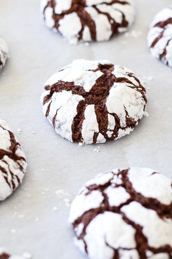 Chocolate Crinkle Cookies fudgy brownie cookies rolled in powdered sugar