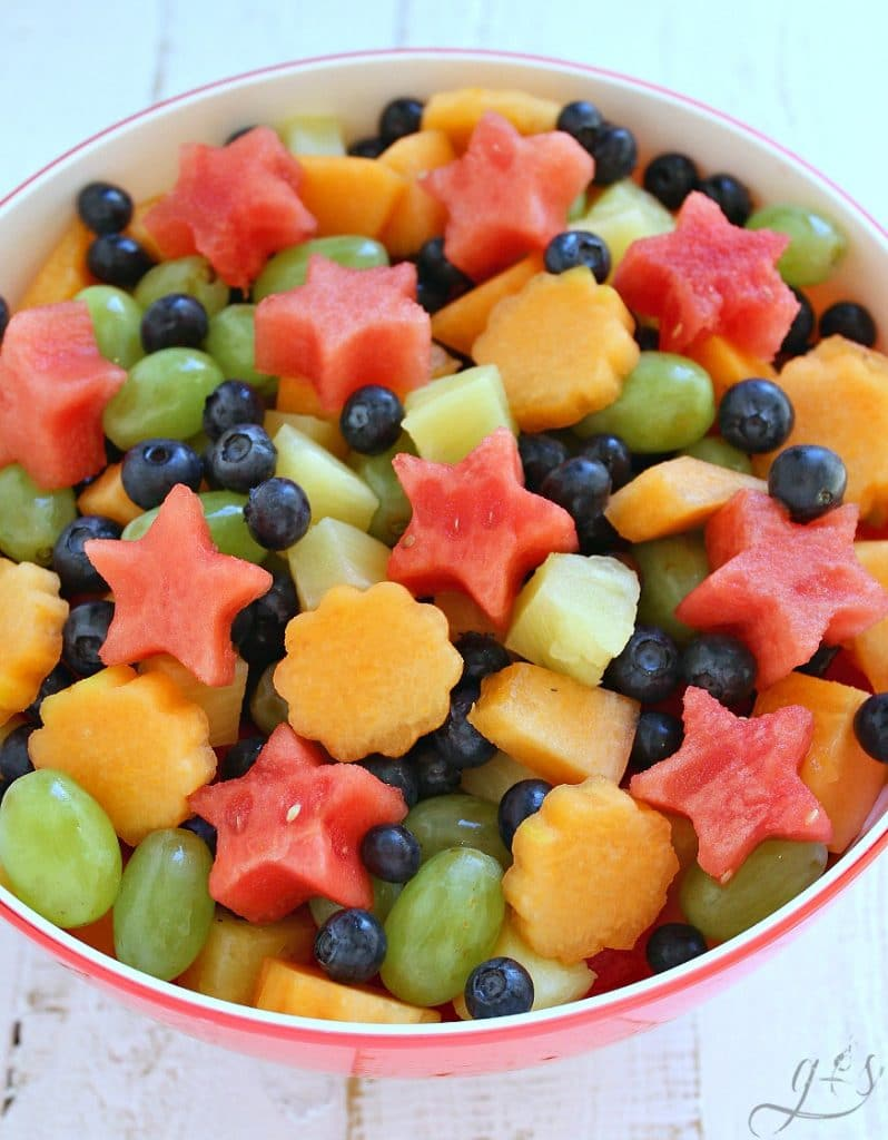 5-INGREDIENT FRESH FRUIT SALAD, watermelon, cantaloupe, blueberries, grapes