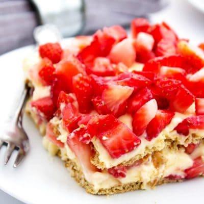 No Bake Strawberry Cheesecake Ice Box Cake
