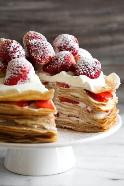 NO BAKE STRAWBERRIES & CREAM CREPE CAKE