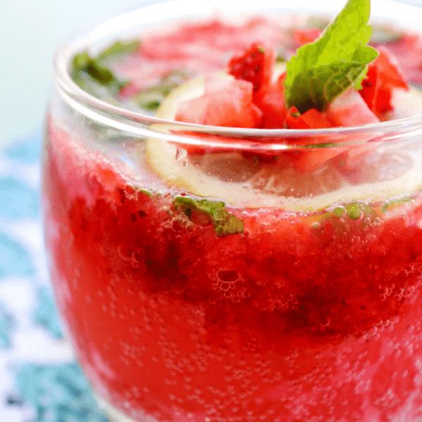 Strawberry Mint Spritzer