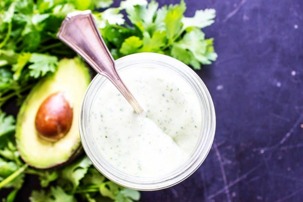 CILANTRO AVOCADO RANCH DRESSING - Ready in 5 minutes & packed with flavor with avocado and fresh cilantro, this dressing is really easy to make.